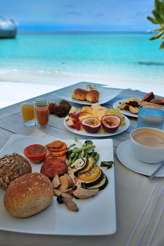 Breakfast at Milaidhoo Island, Maldives - The Ultimate Luxury Escape For Dreamers | Hotel Review by JustOneWayTicket