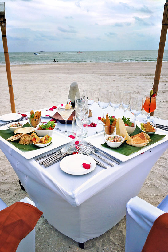 Dinner on the Beach | Hotel Review: Casa del Mar Langkawi - A Peaceful Retreat that makes you feel like Home