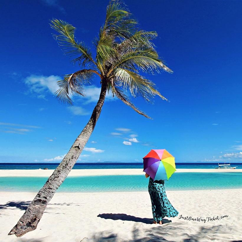 Travel Philippines | Perfect day for swimming in Bantayan. Philippines © Sabrina Iovino | via @Just1WayTicket