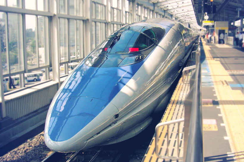 Is the Japan Rail Pass worth it? | You have only one week in Japan? Why not exploring the country with a rail pass? Here is a complete guide to train travel in Japan and how to get the most out of it... | via @Just1WayTicket