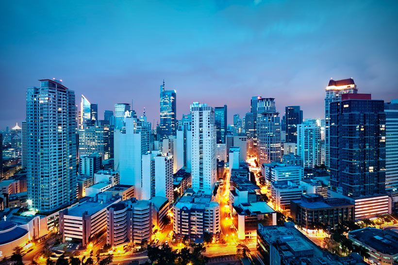 Manila is a Shopping Paradise | Top 10 Things to do in the Philippines | via @Just1WayTicket