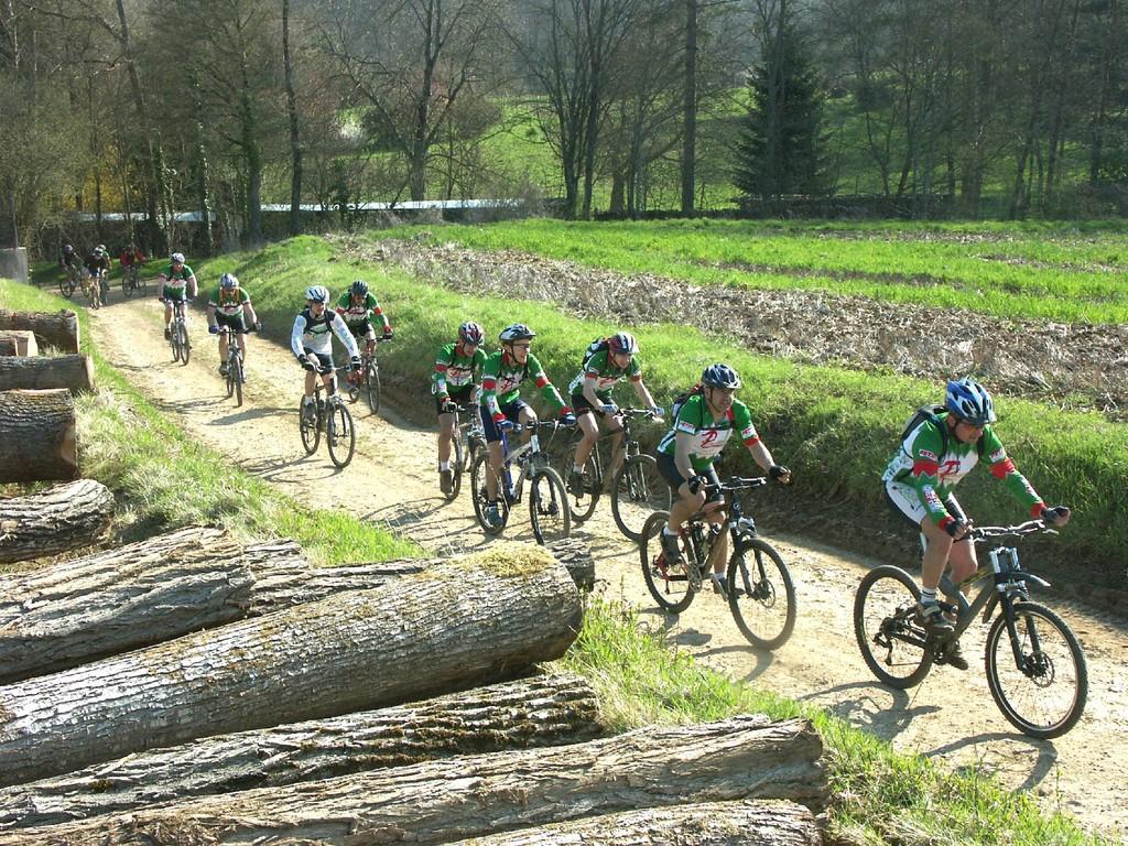 bikes in the area of Villeneuve-sur-Yonne