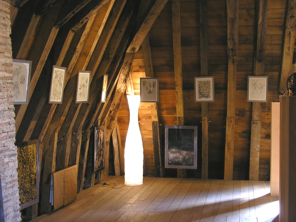 Exhibition in the Sens Gate in Villeneuve-sur-Yonne during the summer