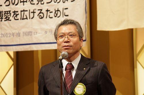 家族親睦会を締めくくった吉田茂副会長(次年度会長)