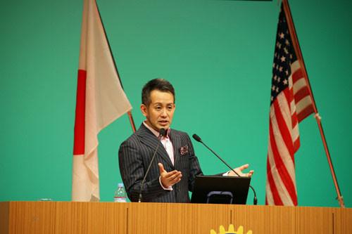 一般人も招待して宮本亜門さんの講演