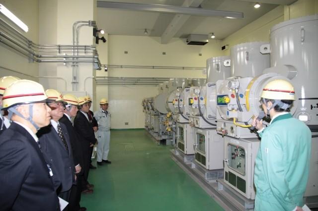 高圧の変電設備
