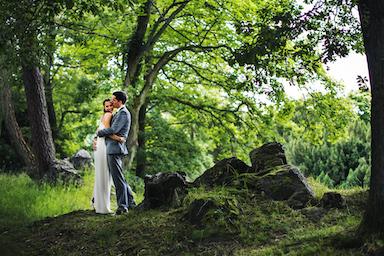Brautpaar-im-Park-Villa-Rothschild