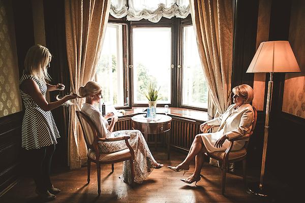 Braut-Getting-Ready-Villa-Rothschild-Kempinski-Koenigstein