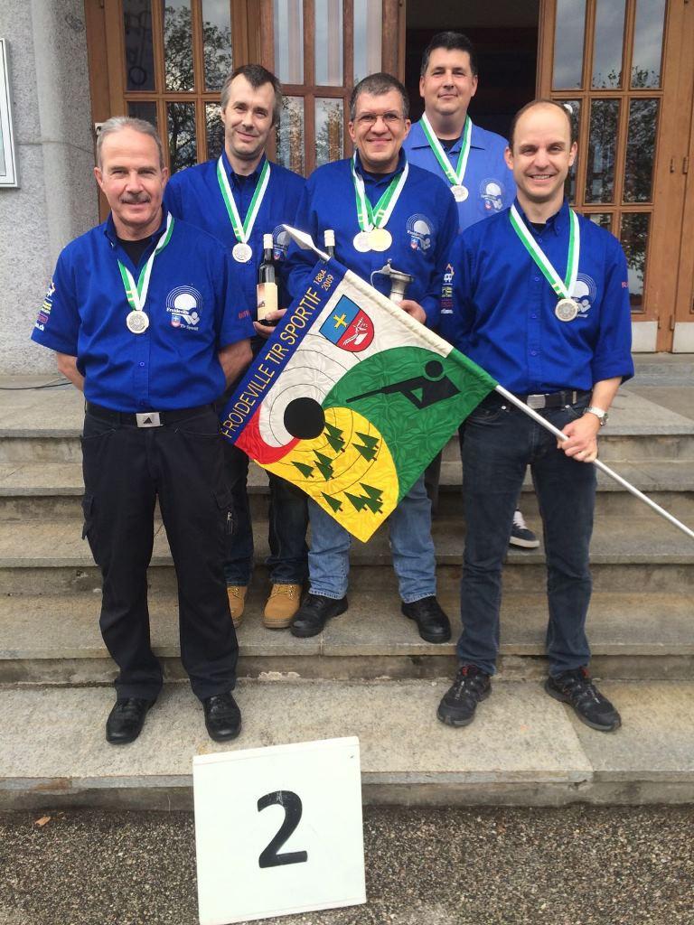 Photo des Vice-Champions Vaudois en groupe catégorie D (armes d'ordonnances)
