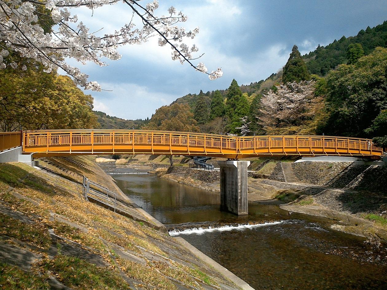 岩屋公園平安橋(鹿児島県南九州市)