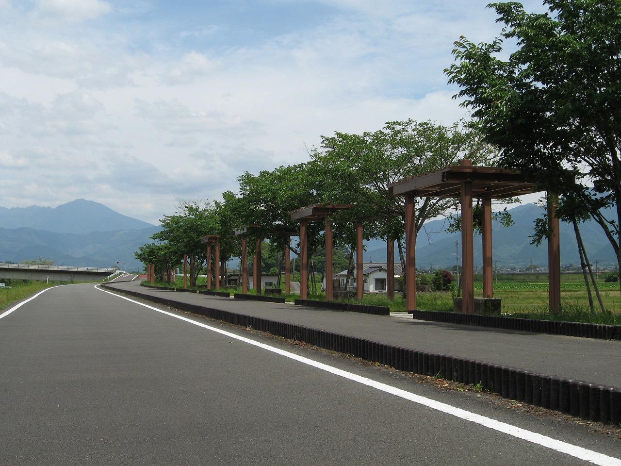 熊本県道335号湯前人吉自転車道(熊本県人吉市)