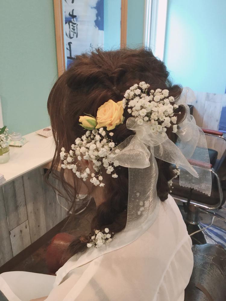 結婚式の記念写真 前撮りヘアメイク