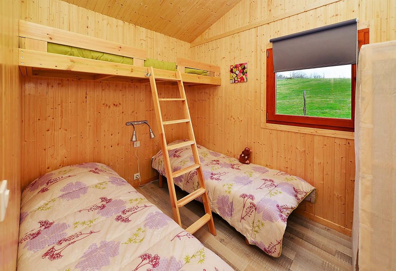 Chambre enfants 2 petits lits + rochelle