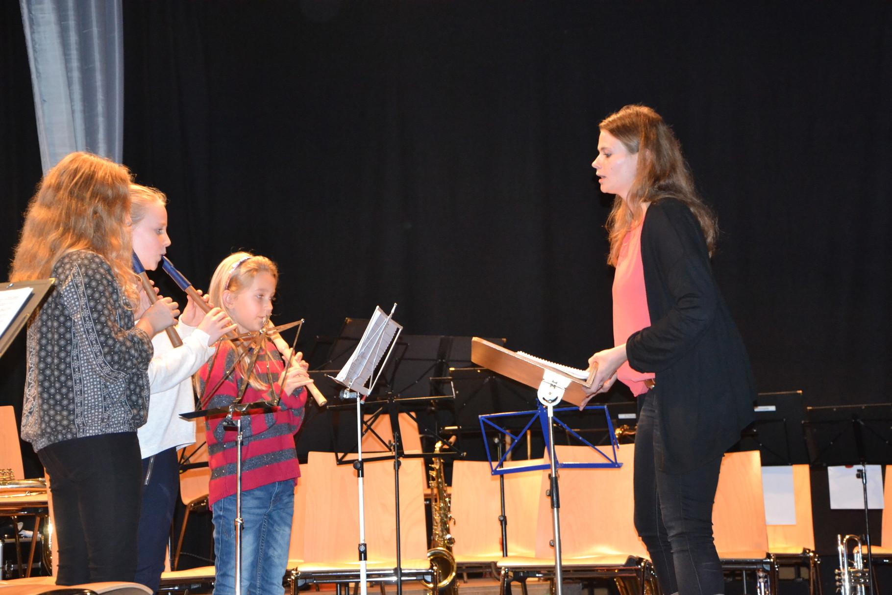 Unsere Flötengruppe bei Ihrem Autritt