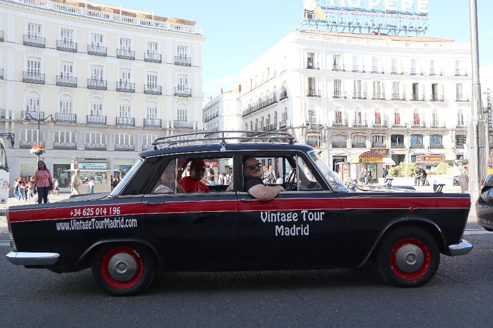 Seat 1500 taxi vintage tour