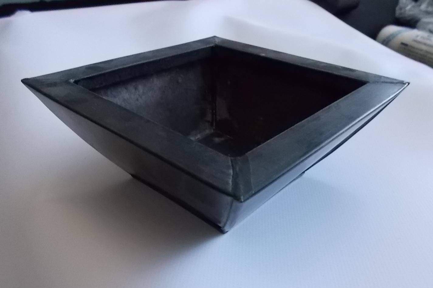 Blechgefäss schwarz 094481