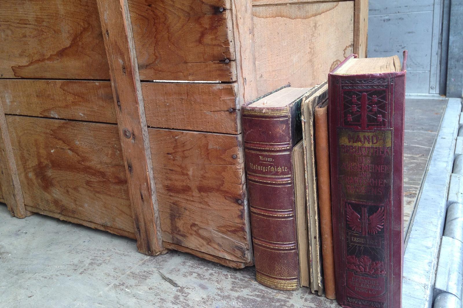 alte Bücher 094422