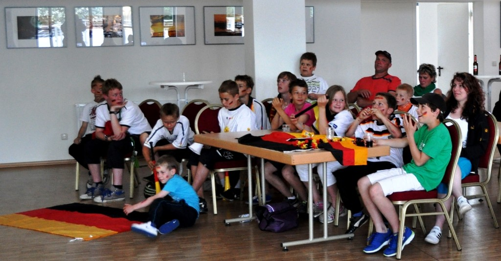 Andrea Weinke Fotobearbeitung - Jugendclub zu Gast - Freiwillige Feuerwehr Groß Laasch