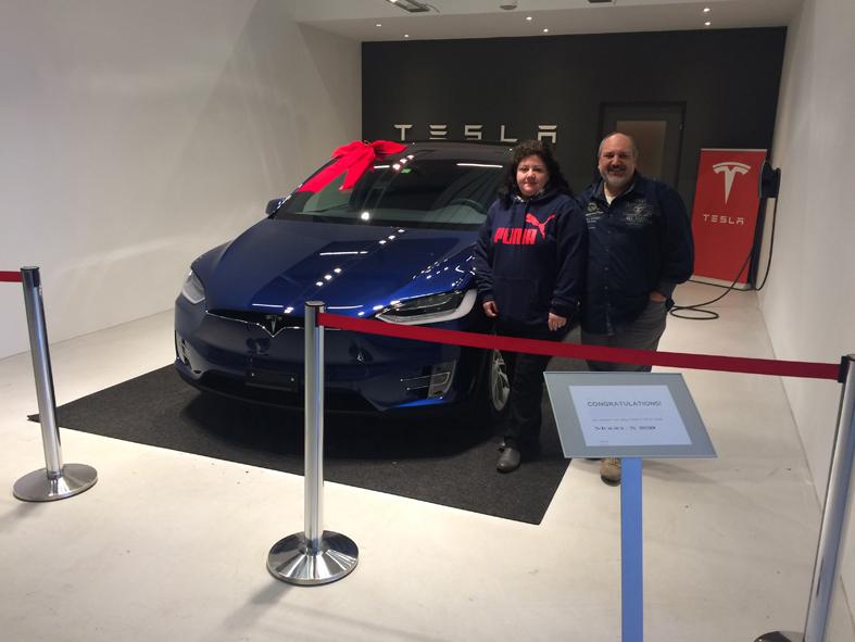 Möhlin 30.12.2016  (Tesla Servicecenter > Übergabe Tesla Model X 90D)