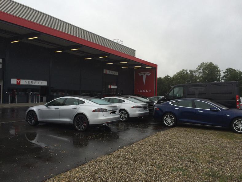 Möhlin 29.07.2015 (Tesla Servicecenter)