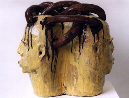 Januskopf Nr.3, 1996, Keramik glasiert (40,5 x 42,8 x 27,2 cm), Privatsammlung