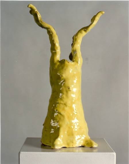 Gelber Engel, Keramik glasiert, 1997 (40,3 x 23 x 19,2 cm)