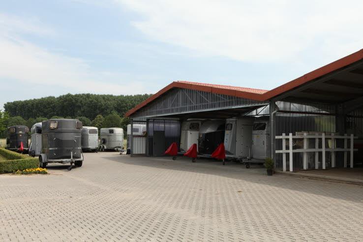 Stellplatz für Pferdeanhänger