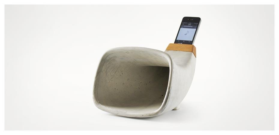 I Phone Horn aus Beton