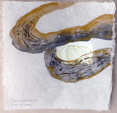 Racine et galet III  - 2018 - gravure sur bois et estampage sur papier Lokta 25 x 25 cm