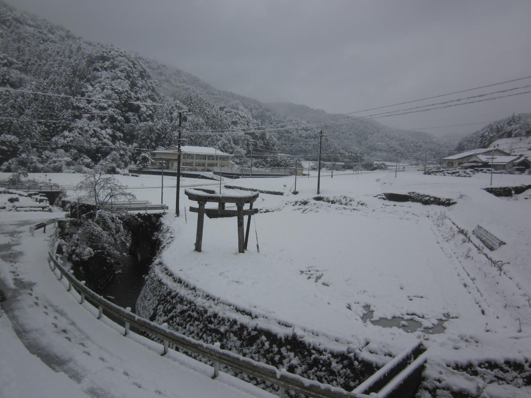 高並神社からの雪景色