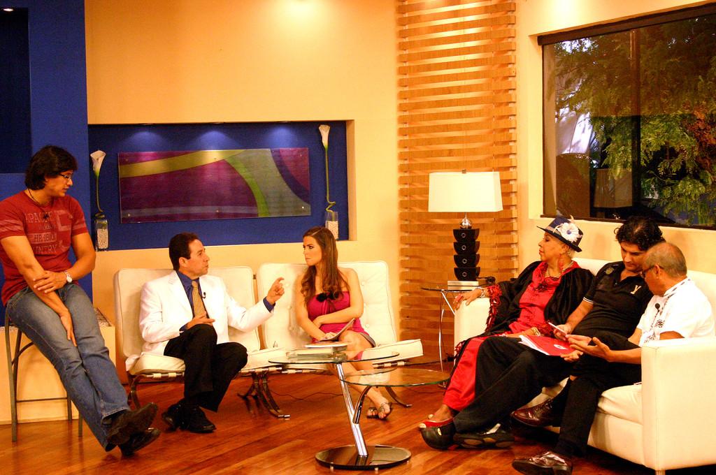 En Canal 5, Arriba Paraguay