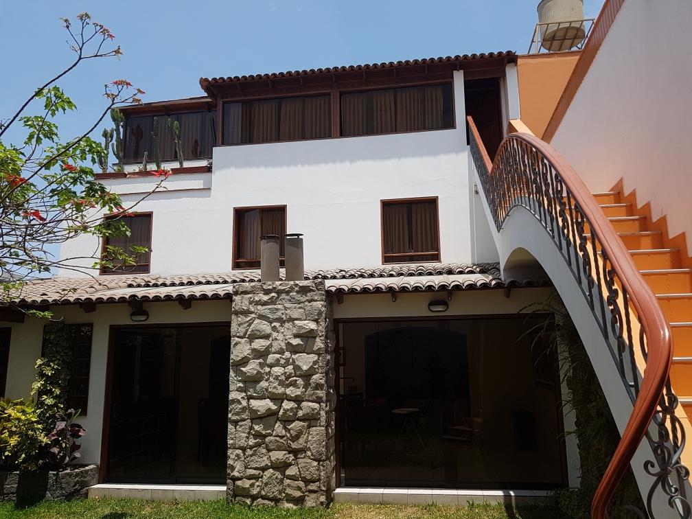 Diospi Suyana Gästehaus in Lima. Nach 24h Reisezeit sind wir wohlbehalten angekommen.