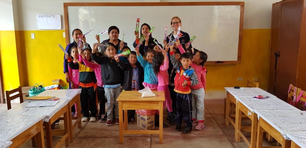 Klasse 1A der Grundschule Pisonay