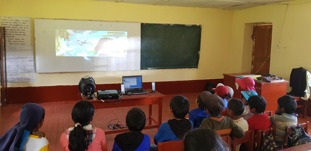 Grundschule und Kindergarten in Asmayacu