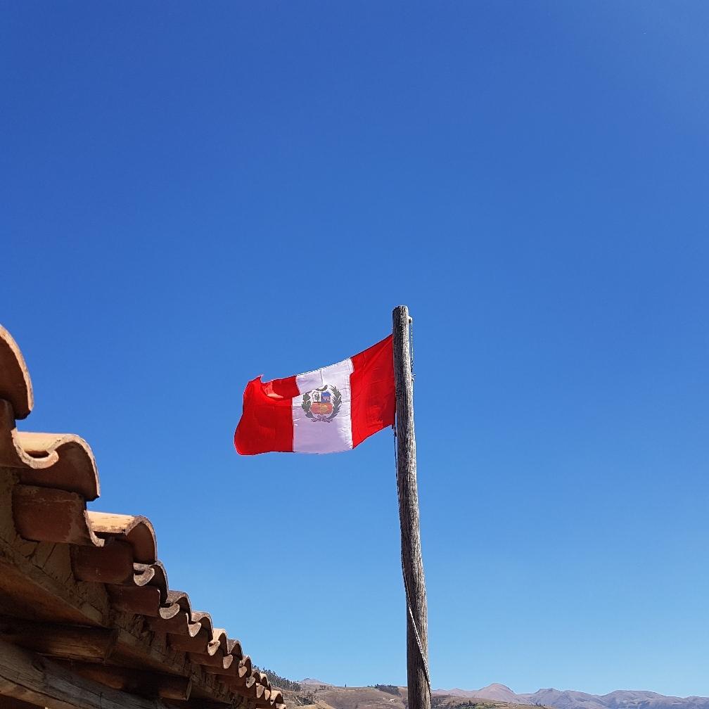 Unsere peruanische Fahne ist auch gehisst