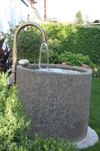 www.gartenbrunnen-anderl.de