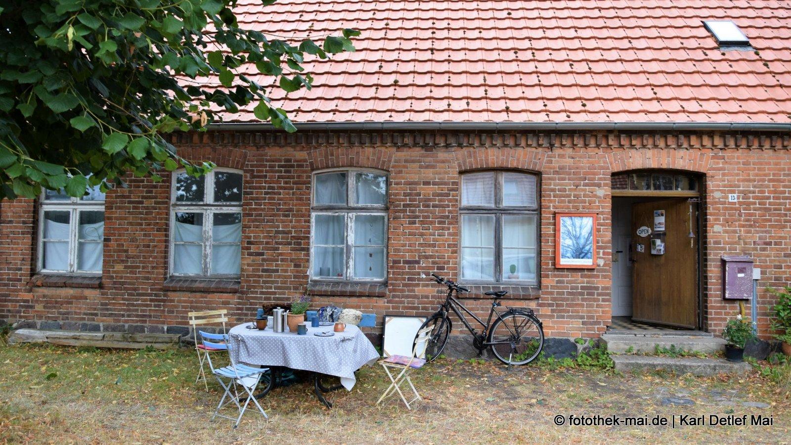 Vom Leben lernen // Altes Schulhaus von Peetzsch - jetzt Kreativwerkstatt
