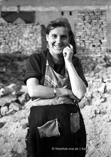 Menschen - Porträts, Karmelitterhaus, Sparkasse Boppard, 1990
