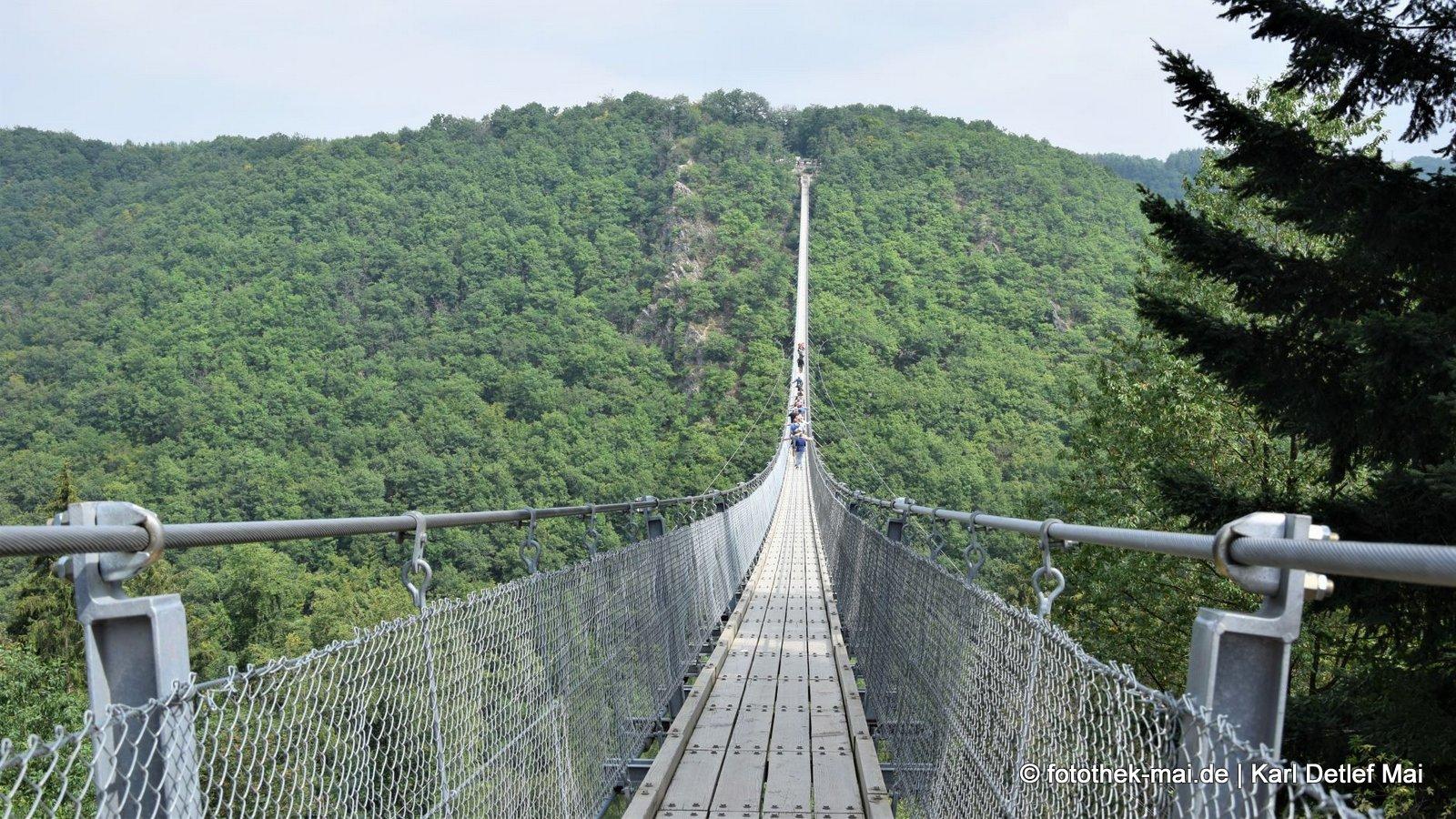 Wir sind fit zum Durchhängen // Hängeseilbrücke Geierlay