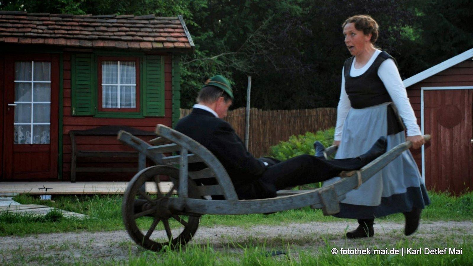 Als jedes Dorf noch einen Dorfkrug hatte // Nachgespielte Szene zum Sommertheater in Born am Darß