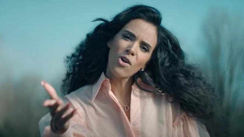 """Shy'm dévoile le clip de son nouveau single """"Ensemble"""" à découvrir sur FUTURPOP."""