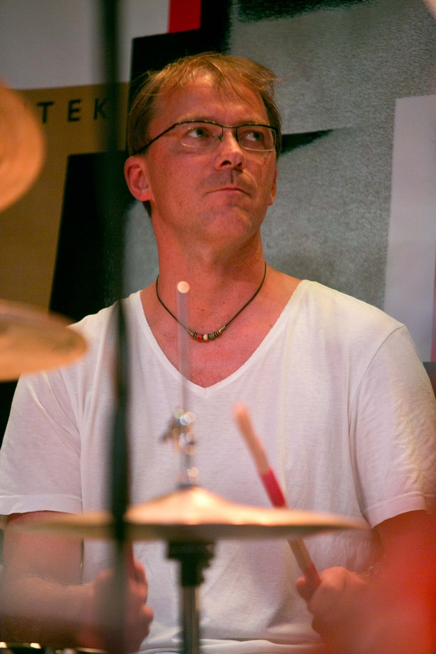 Michael Mitterlehner: dr, perc