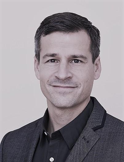 «Mir hat der Kurs sehr viel gebracht: Dank der vielen praxisnahen Übungen habe ich in kurzer Zeit gelernt, meinen Schreibstil kritisch zu hinterfragen und Texte für das jeweilige Publikum zuzuschneidern.» Felix Gnehm, Co-Direktor Solidar Suisse