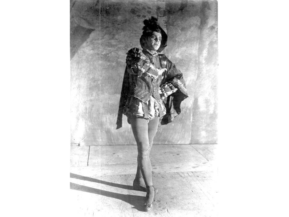 """נסיך פלאסקו דריגו ב-""""שלושה צימוקים יהודיים"""", 1924"""