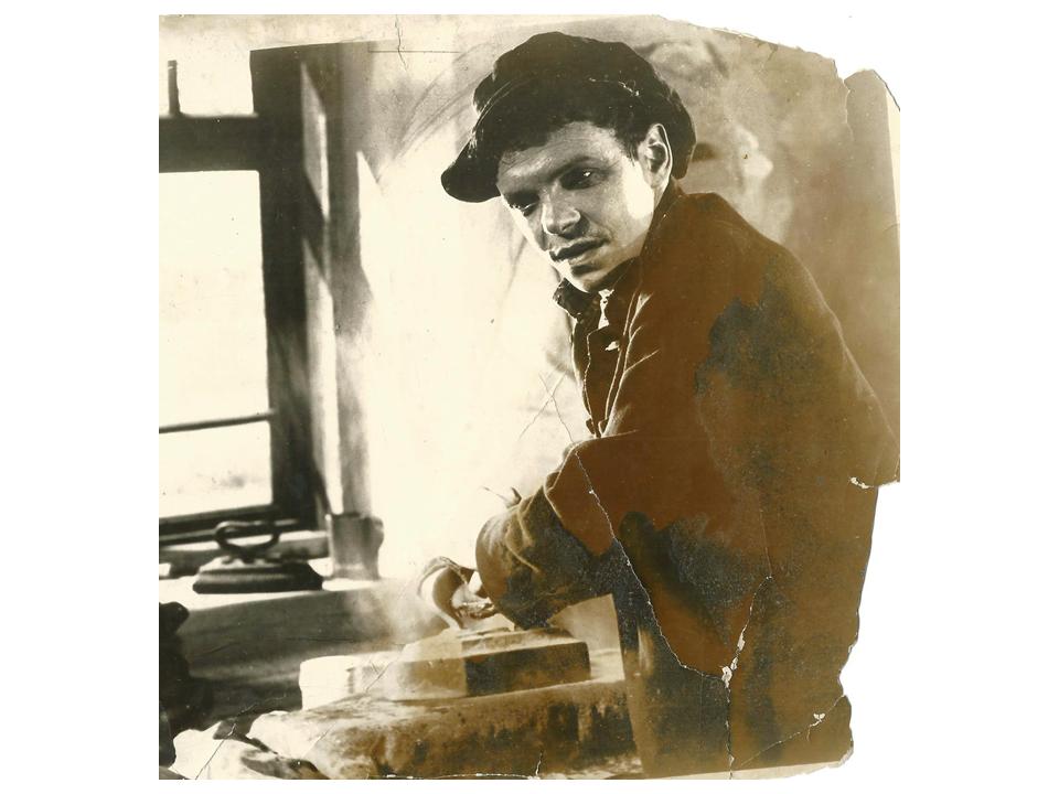 """דוד גורליק ב-""""איש העיירה"""", 1932"""