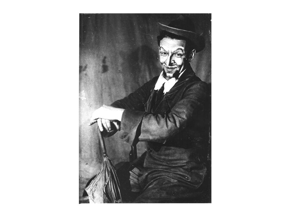 """סולובייצ'יק השדכן ב-""""מאתיים אלף"""", 1923"""