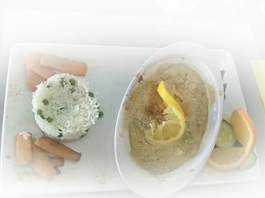 Cassolette de la mer à la crème : noix de Saint-Jacques/crevettes/moules