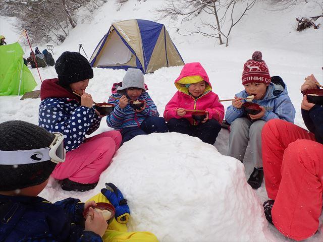雪国山形ならでは!子供と楽しむ冬の遊び②雪上デイキャンプ