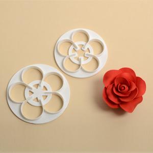 cutter ad incisione rosa piccola 2 pezzi mis 6-7 cm