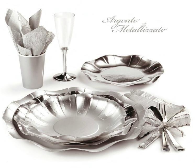 piatti in cartoncino argento